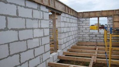 Какие перекрытия выбрать для газобетонного дома