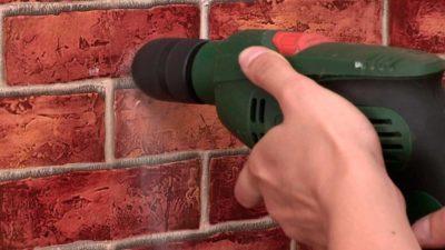 Чем сверлить кирпичную стену?